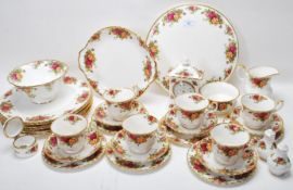 COLLECTION OF ROYAL ALBERT OLD COUNTRY ROSES CHINA