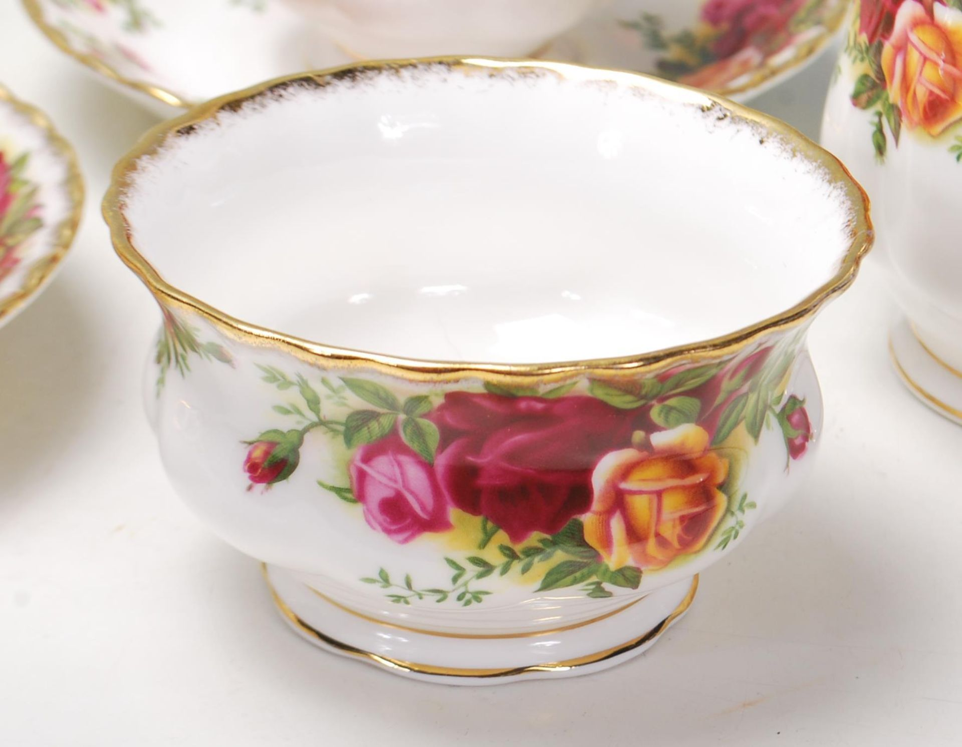 ROYAL ALBERT OLD COUNTRY ROSES TEA SET -TEA SERVICE - Image 6 of 8