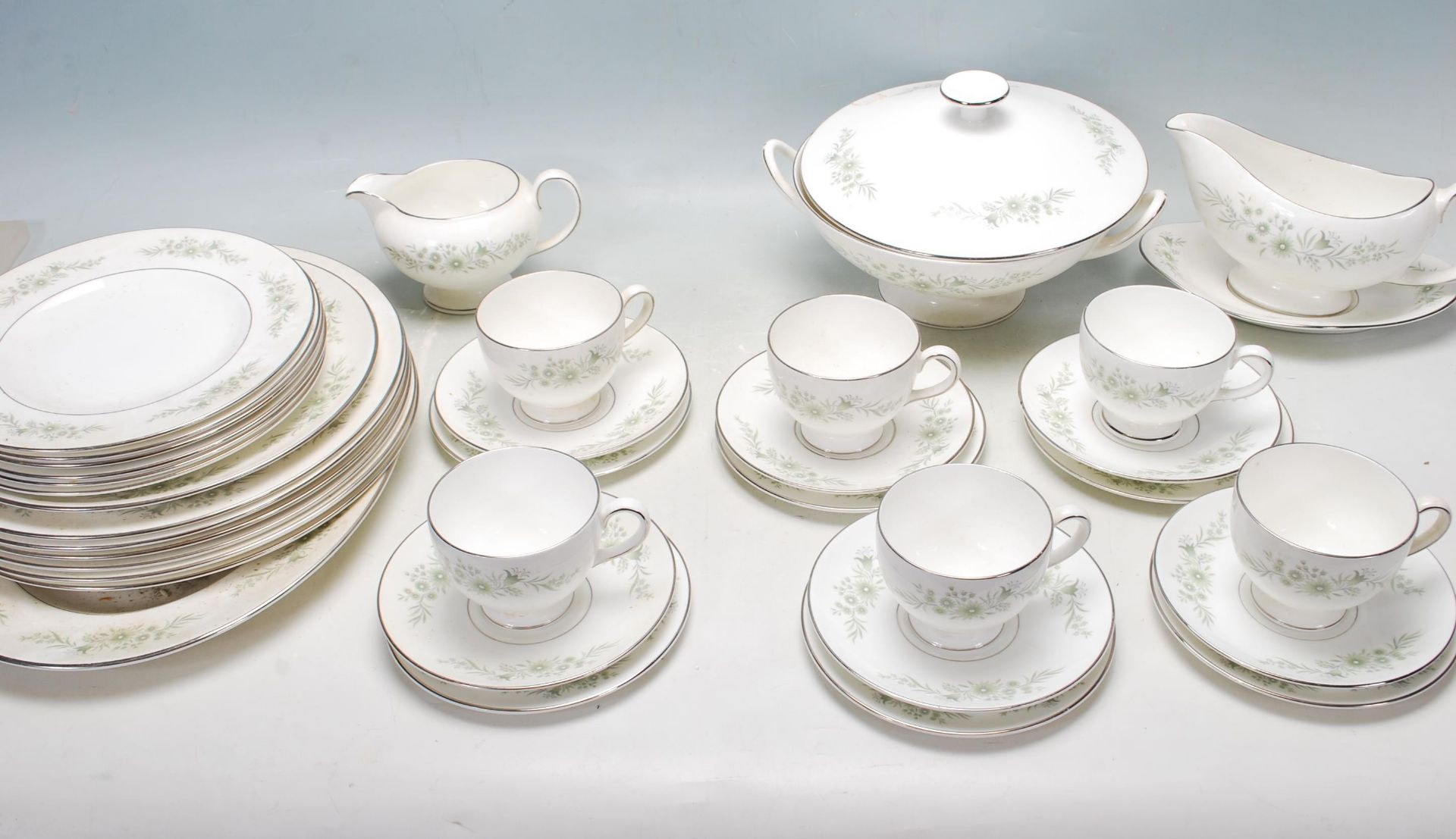 COLLECTION OF LATE 20TH CENTURY WEDGWOOD FINE BONE CHINA