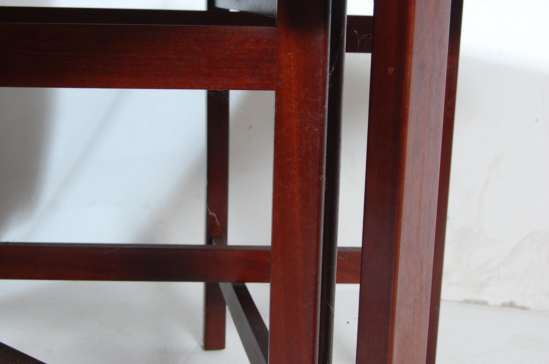VINTAGE 20TH CENTURY TEAK WOOD DANISH INSPIRED DROP LEAF DINING TABLE - Image 5 of 5