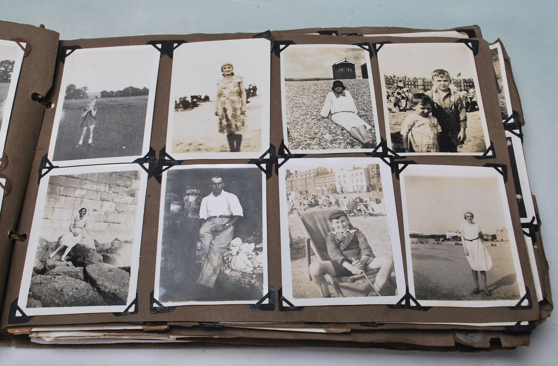 EARLY 20TH CENTURY BLACK AND WHITE PHOTO ALBUM - Image 5 of 14