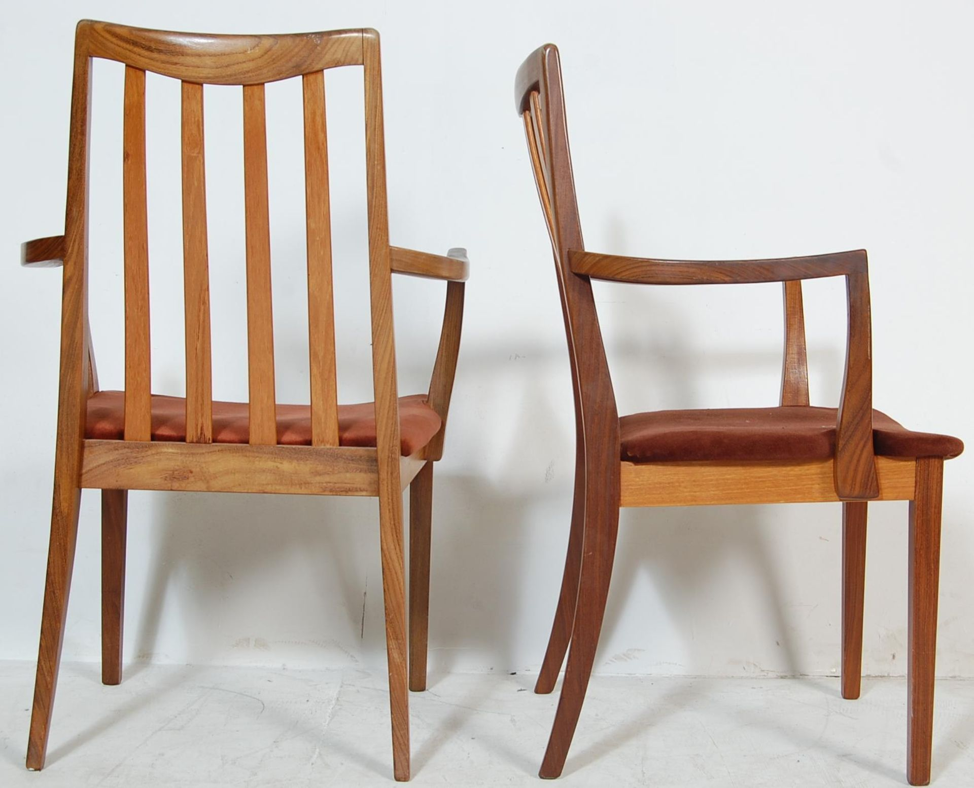 RETRO VINTAGE 1970S GPLAN DINING TABLE AND CHAIRS - Image 11 of 12