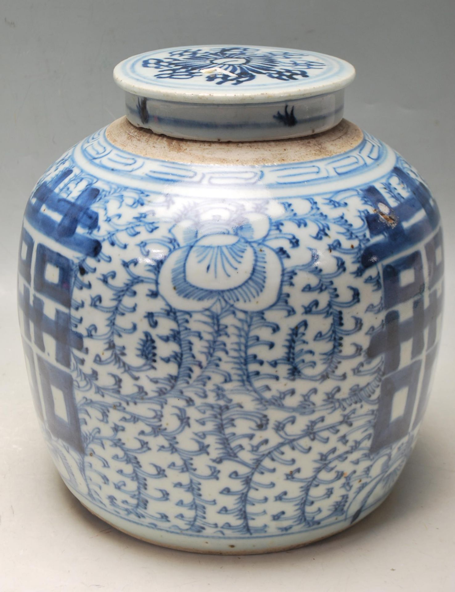 LATE 19TH CENTURY KANGXI CHINESE BLUE AND WHITE VASE - Image 4 of 9