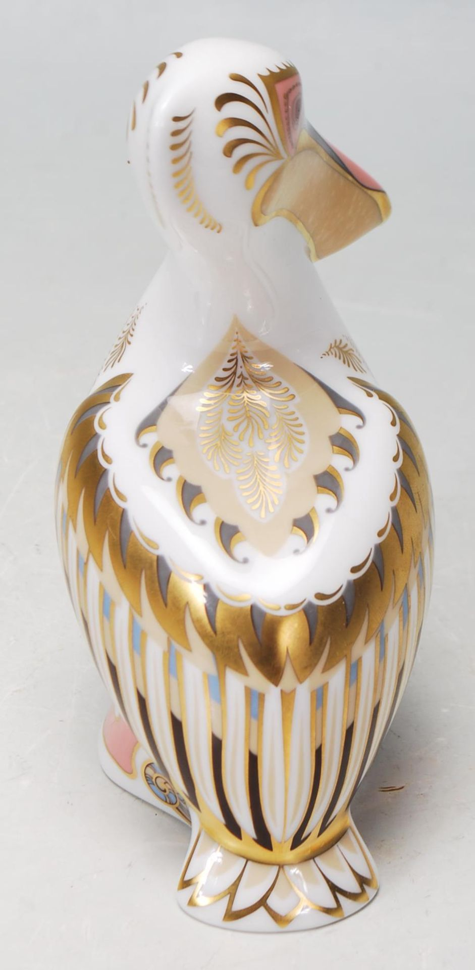 ROYAL CROWN DERBY WHITE PELICAN PAPERWEIGHT WITH GOLD STOPPER - Image 3 of 5