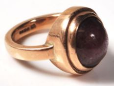 9CT GOLD AND STAR RUBY CABOCHON RING