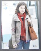 "ANNA KENDRICK - AMERICAN ACTRESS - SIGNED 8X10"" PHOTO BECKETT"