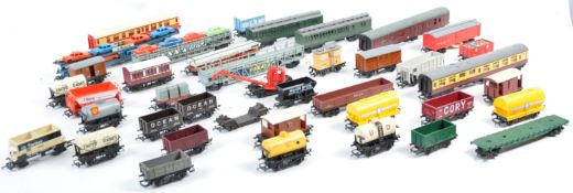 LARGE COLLECTION OF ASSORTED 00 GAUGE MODEL RAILWAY