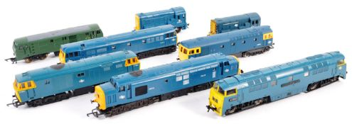 COLLECTION OF 00 GAUGE MODEL RAILWAY DIESEL LOCOMOTIVES