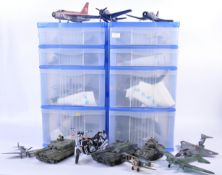 LARGE COLLECTION OF ASSORTED MILITARY INTEREST MODEL KITS