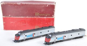 RIVAROSSI H0 SCALE 1934 AMTRAK POWERED CAR AND DUMMY UNIT