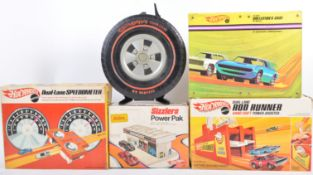COLLECTION OF HOT WHEELS REDLINES BOXED SETS AND CARRY CASES