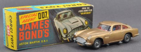VINTAGE CORGI TOYS JAMES BOND 007 ASTON MARTIN NO.261