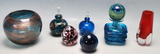 COLLECTION OF RETRO VINTAGE COLOURED GLASS