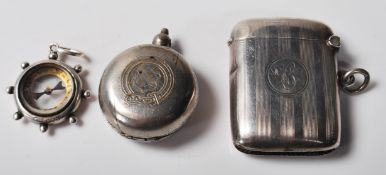 COLLECTION OF SILVER HALLMARKED ITEMS
