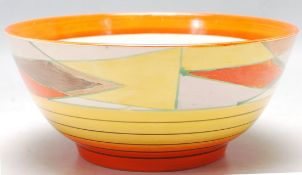 1930'S ART DECO BOWL BY CLARICE CLIFF WITH BIZARRE PATTERN
