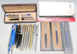COLLECTION ON VINTAGE 20TH CENTURY PENS