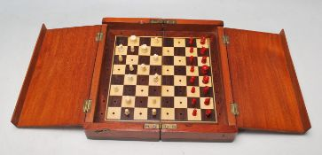 19TH CENTURY VICTORIAN TRAVELING CHESS SET IN THE MANNER OF JAQUES WHITTINGTON