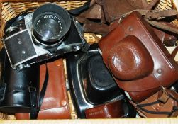 COLLECTION OF ASSORTED VINTAGE CAMERAS & TELESCOPE