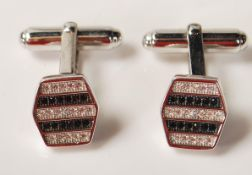 GENTLEMAN'S SILVER CUFFLINKS WITH BLACK AND WHITE