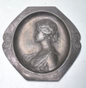 VICTORIAN PEWTER CLASSICAL PEWTER TRAY