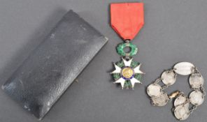 WWII SECOND WORLD WAR INTEREST FRENCH LEGION OF HONOUR MEDAL