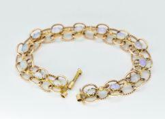 9ct Gold & Opal Cabochon Set Bracelet