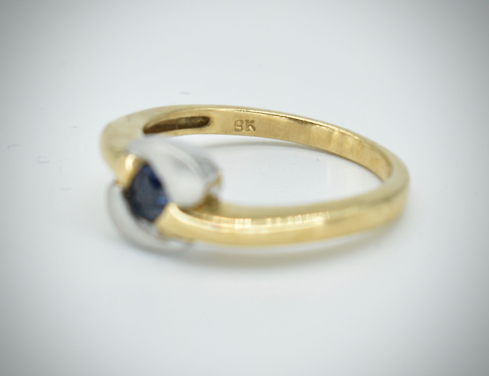 9ct Gold & Sapphire Ring - Image 2 of 5