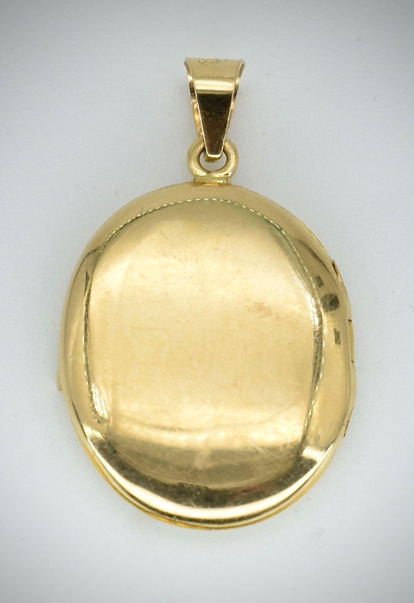 18ct Gold Locket - Image 2 of 3