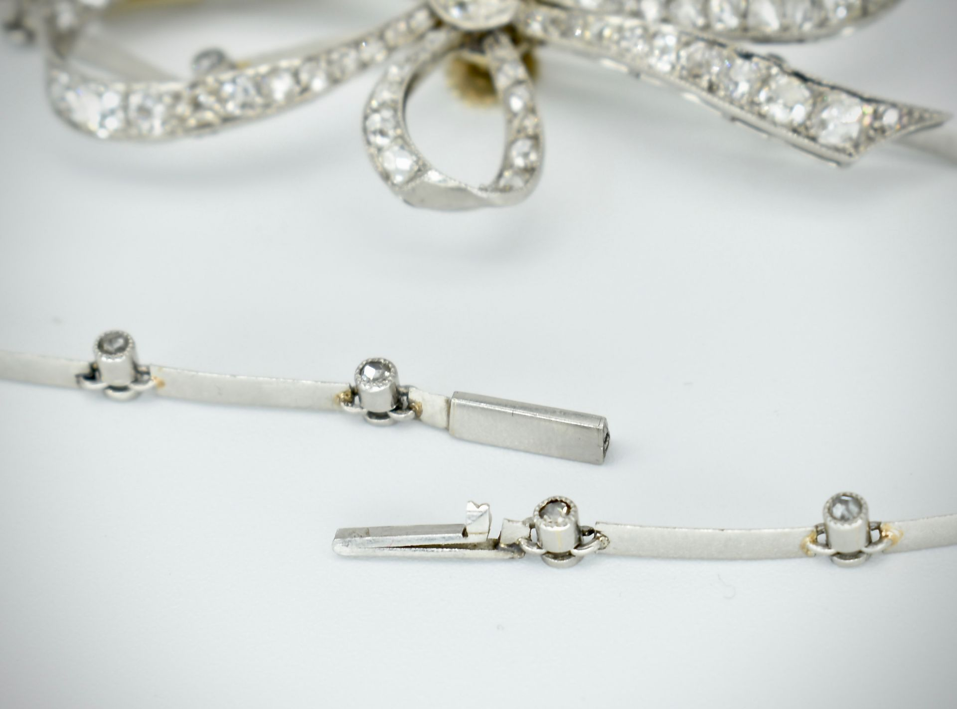 French 18ct Gold Platinum & Diamond Collar Necklace - Image 7 of 9