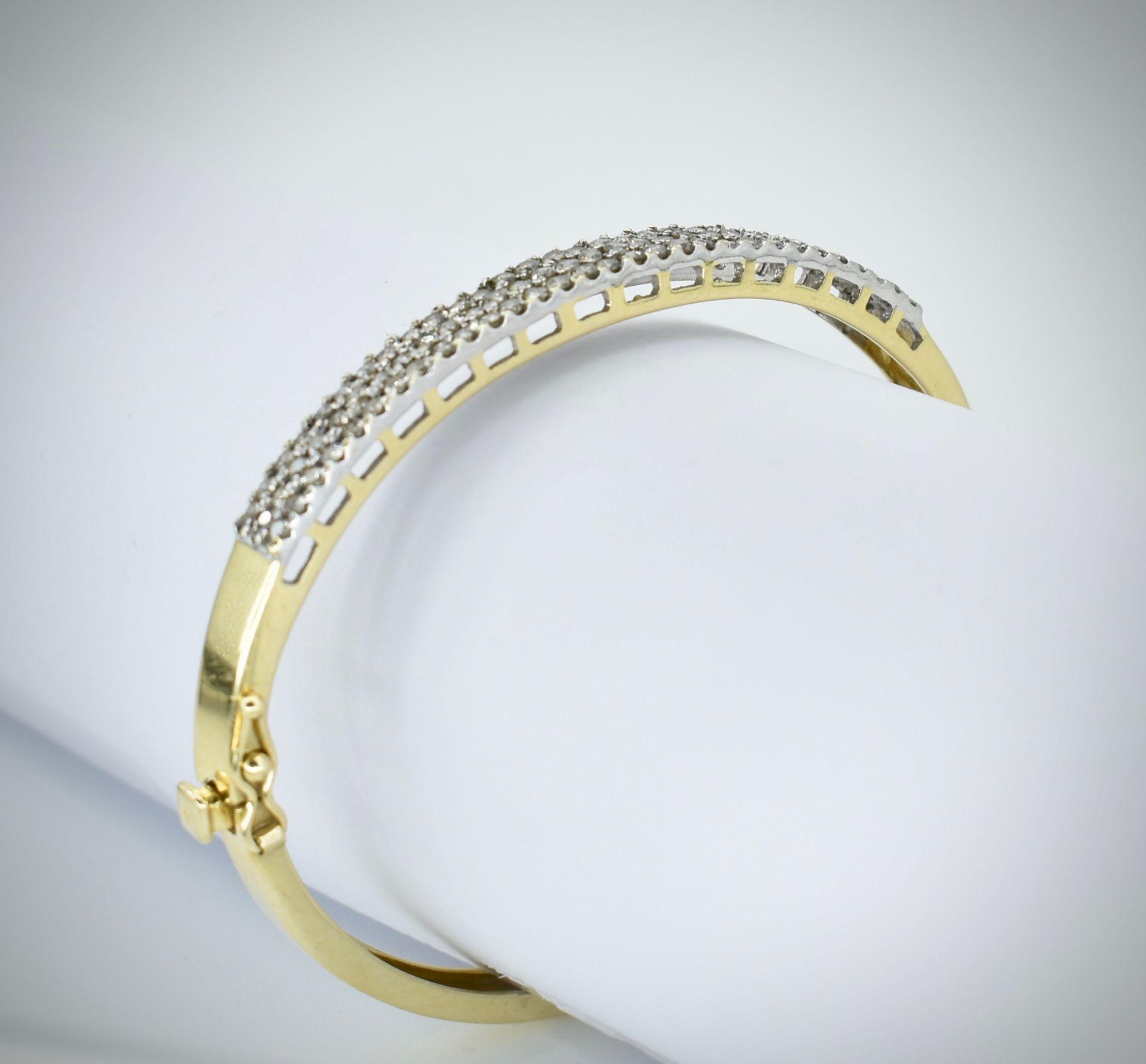 A 14ct Gold & Diamond Pave Fronted Bracelet - Bangle
