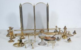 LARGE QUANTITY OF BRASSWARE