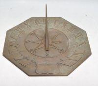 20TH CENTURY BRASS ROMAN NUMERAL SUN DIAL / CLOCK