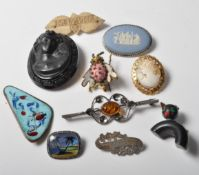 COLLECTION OF 19TH CENTURY VICTORIAN