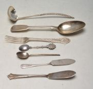 GROUP OF ANTQUE AND LATER SILVER FLATWARE
