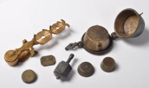 19TH CENTURY VICTORIAN BRASS WEIGHTS