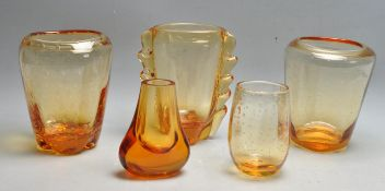 WILLIAM WILSON - WHITEFRIARS - COLLECTION OF FIVE ASSORTED AMBER STUDIO ART GLASS
