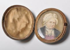 19TH CENTURY VICTORIAN MINIATURE PAINTING OF AN OLD LADY