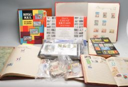 COLLECTION OF WORLD AND GREAT BRITISH STAMPS