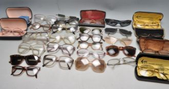 COLLECTION OF RETRO VINTAGE 1960S WOMENS SUNGLASSES.