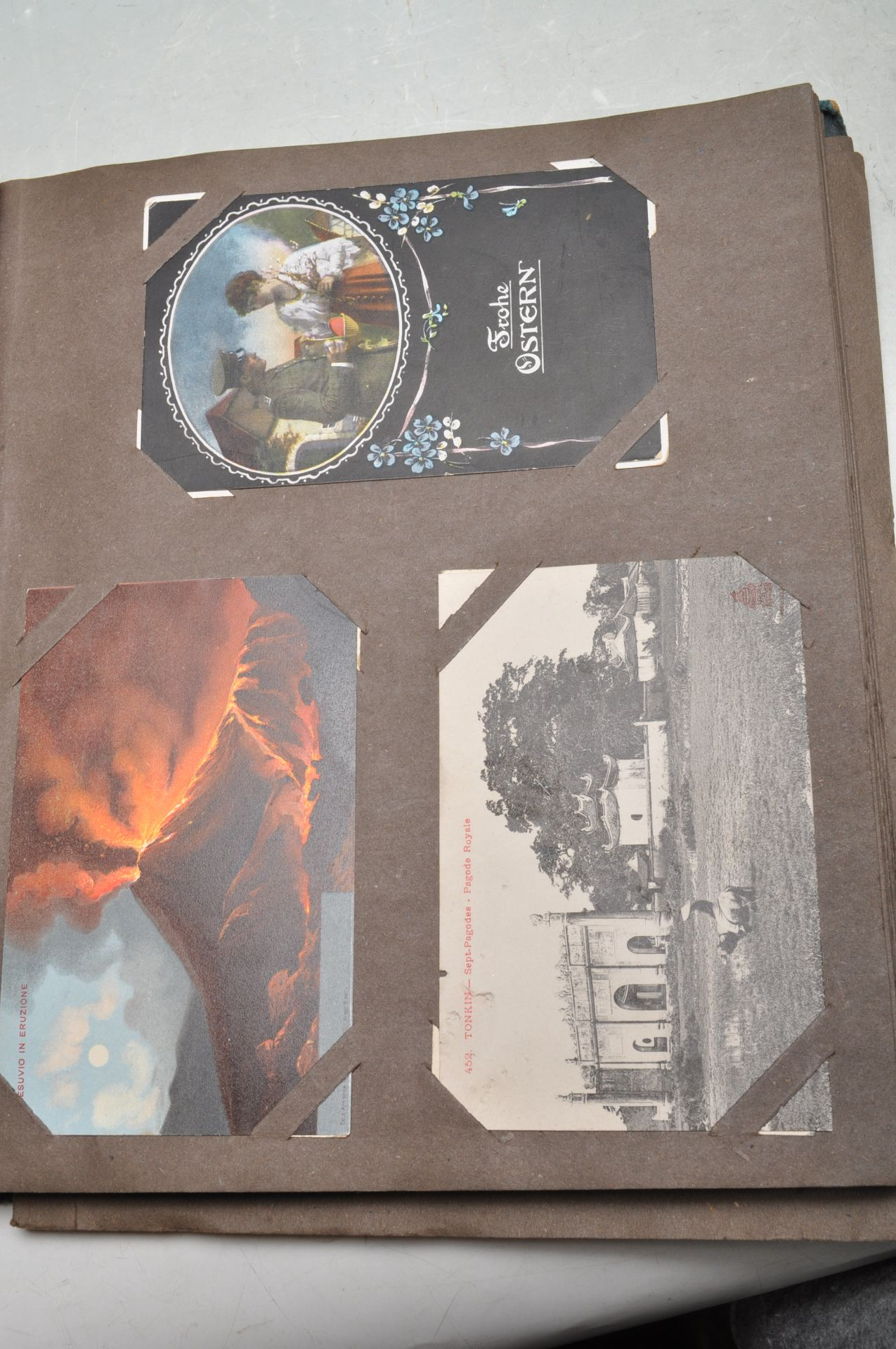 ALBUM OF FOREIGN POSTCARDS - ALL CIRCA WW1 PERIOD - Bild 19 aus 23