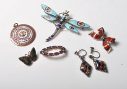 COLLECTION OF ANTIQUE EDWARDIAN EARLY 20TH CENTURY ENAMELS