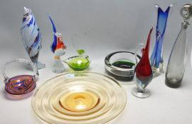 LARGE COLLECTION OF VINTAGE RETRO STUDIO ART GLASS WARE