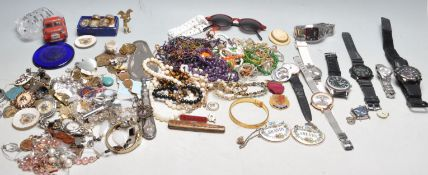 GROUP OF COSTUME JEWELLERY AND WATCHES