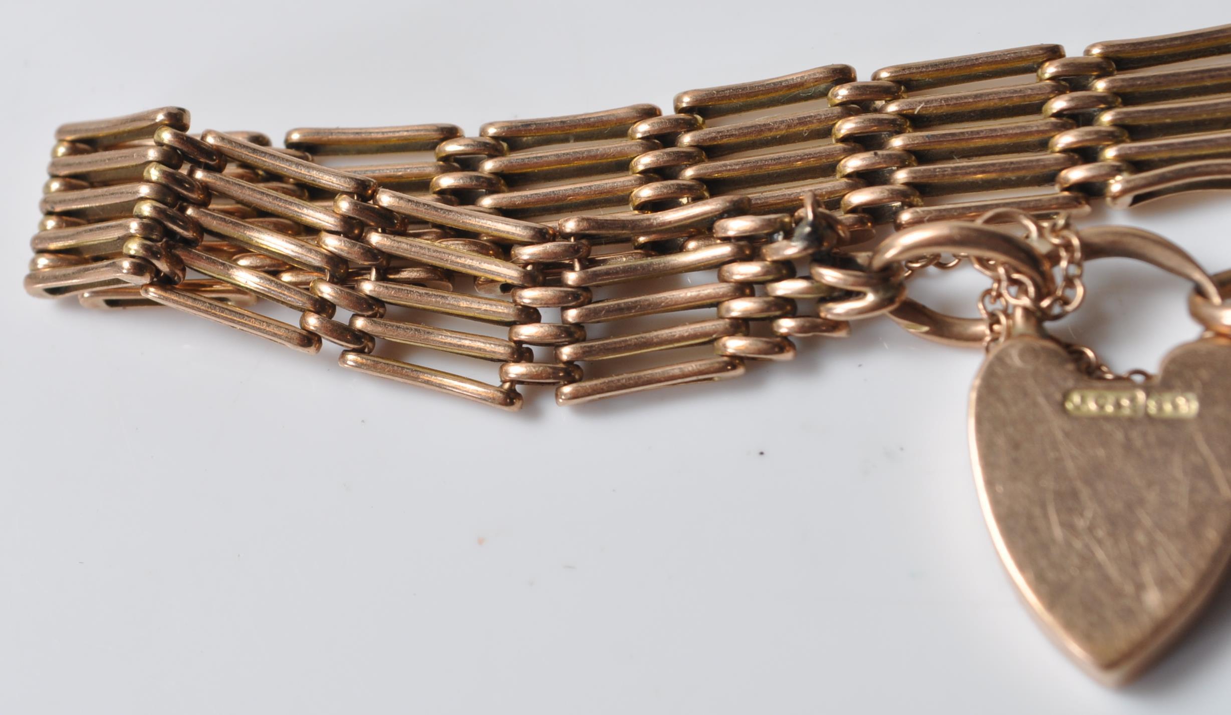 9CT GOLD GATELINK BRACELET - Image 4 of 5