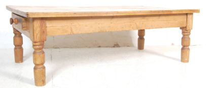ANTIQUE VICTORIAN PINE COUNTRY HOUSE FARMHOUSE COFFEE TABLE