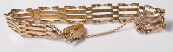 9CT GOLD GATE LINK HEART LOCK BRACELET