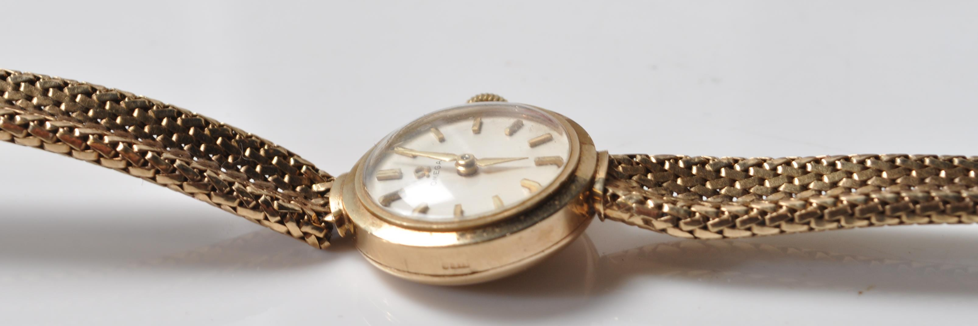 9CT GOLD OMEGA LADIES WATCH - Image 11 of 15
