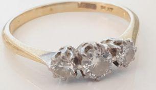 18CT GOLD PLATINUM AND DIAMOND THREE STONE RING
