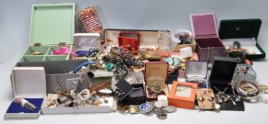 LARGE COLLECTION OF VINTAGE COSTUME JEWELLERY