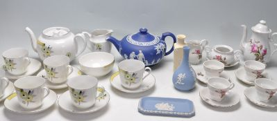 COLLECTION OF VINTAGE 20TH CENTURY CHINAWARE